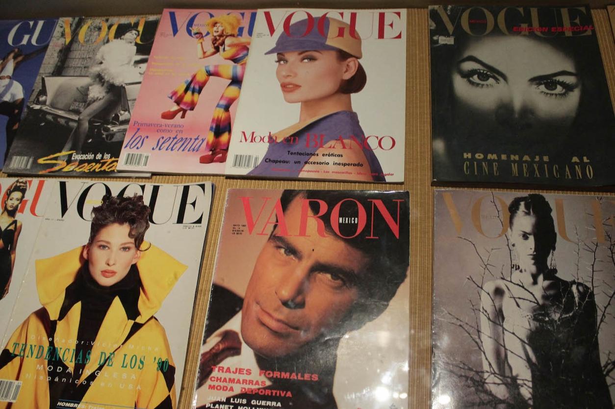 <p>Caleidoscopio: moda, creación e identidad. 1970-1999</p>